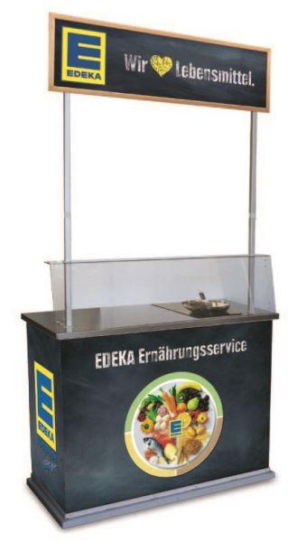 Promotiontheke mit Kochfeld zur Beratung von Kunden